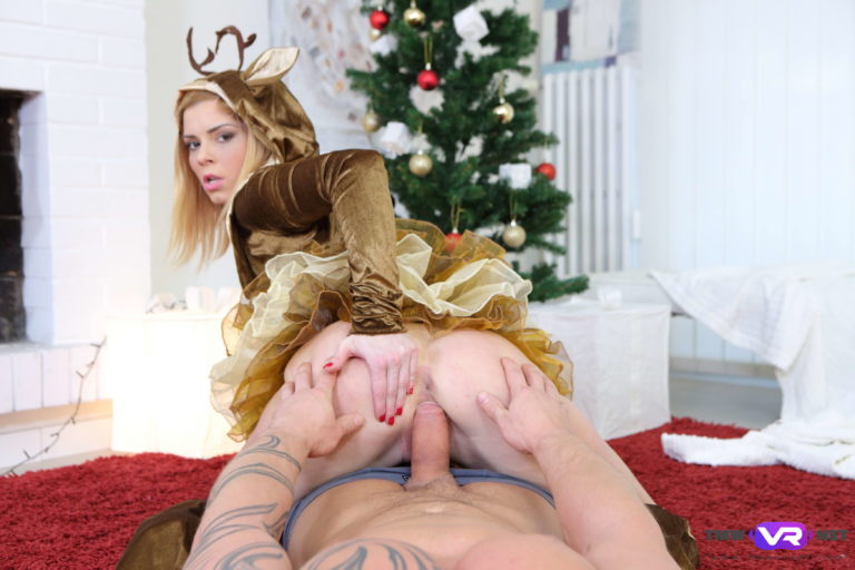 Clothed babe rides dick VR Porn